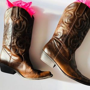 COWBOY BOOTS BY STEVE MADDEN GIRL